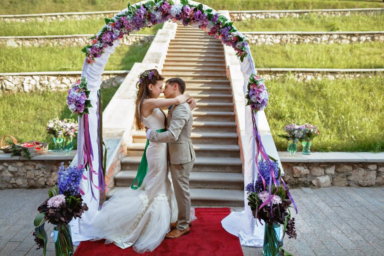 Свадьбы участников телепроекта «Дом 2» 90